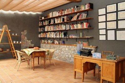 Biblioteca especialitzada en gastronomia